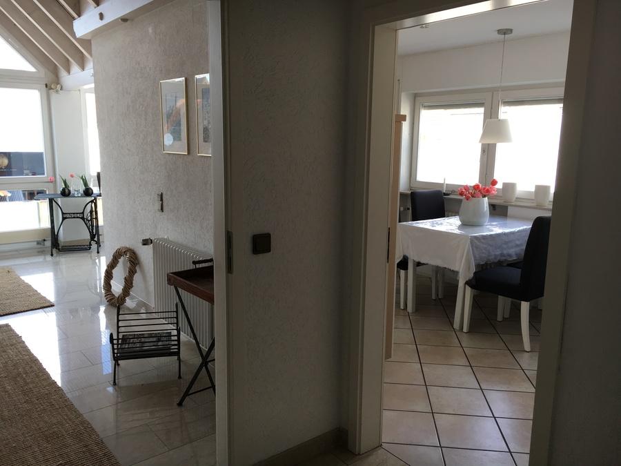 Heldes Ferienwohnung Hochberg - Blick von der Diele in die Küche